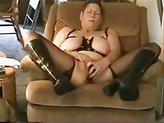 Amateur. Old pervert grandma masturbating