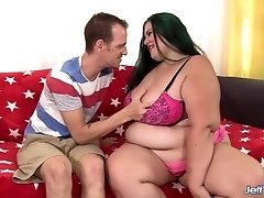 Sexy Plumper Becky Butterfly Rides a Skinny Dude out of His Mind