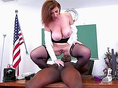 Busty mature leaves younger lad to hard fuck her wet pussy