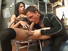 Horny shemale returns the favor and gives her lover an amazing blowjob