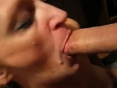 Mature worships cocksucking