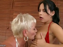 Brunette teen and old blonde eat each others pussies