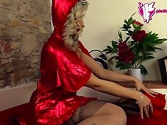 Little Red Riding Hood shows off her nylon wearing feet