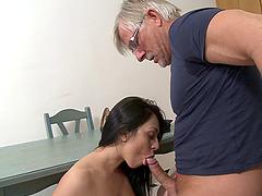 Naughty brunette hot ass sluttie plays with huge dick in hot blowjob