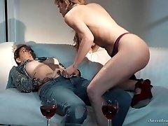 Nasty Dana Vespli and Cherie Deville know how to masturbate together
