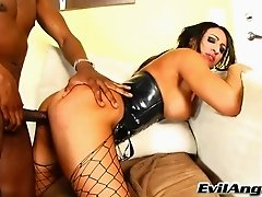 Raven Black gives hand to a black guy and gets her twat torn up