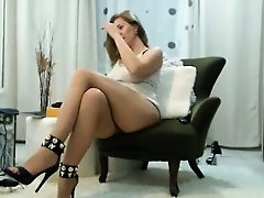 Slender babe with sexy long legs and amazing big tits pleas