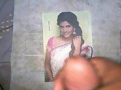 Dusky slut - Ishwarya Rajesh