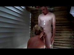 Amateur Couple Fuck in a Beach Shower