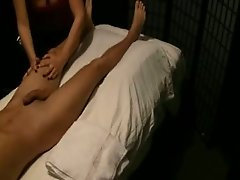 Indian masseuse is giving sensual massage to horny desi