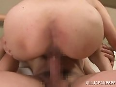 Japanese cougar makes out with a guy and takes a ride on his wang