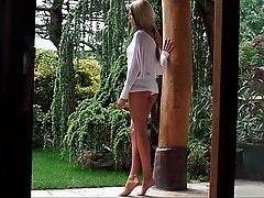 Aliyah's alluring outdoors fuck