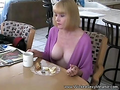 Beautiful milf loves the sex. her name is Sexy Melanie.