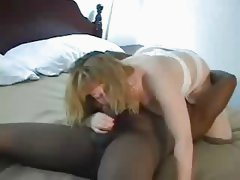 Interracial Mature Homemade Ride And Pussy Cumshot