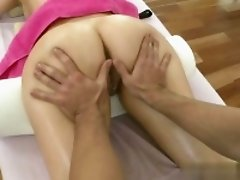 Cute girlfriend pussy to mouth